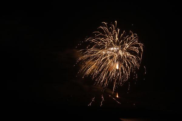 Santorini-volcano-fireworks