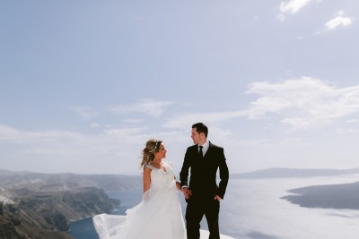 Le Ciel Wedding in Santorini with a view to the Caldera