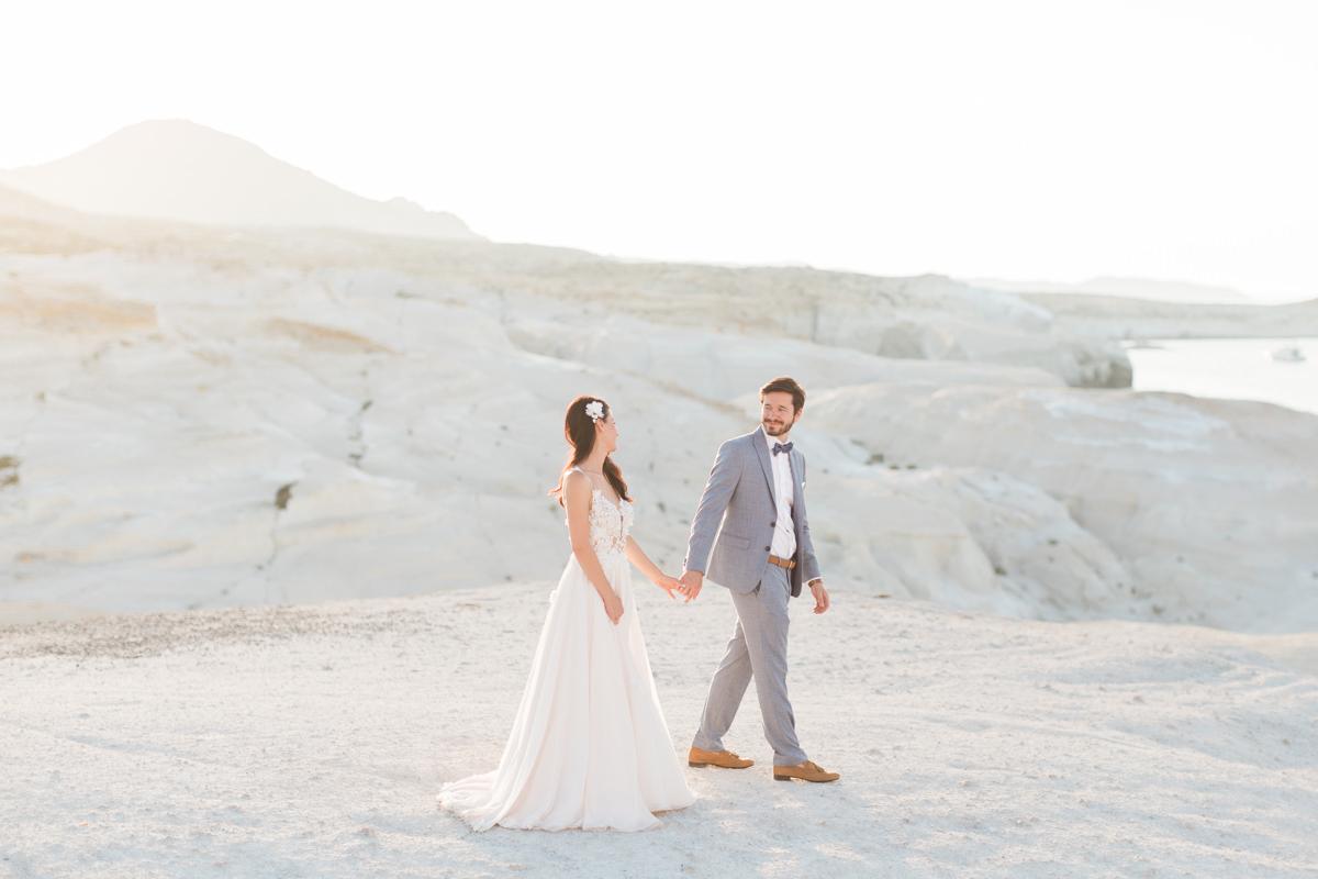Wedding in Milos island, couple photoshoot at Sarakiniko
